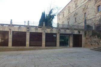 """Cafetería """"El jardín de Ulloa"""" en Plaza de San Jorge de Cáceres"""
