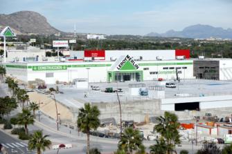 Zona comercial Y Centro Comercial Leroy Merlín Finestrat (Benidorm)